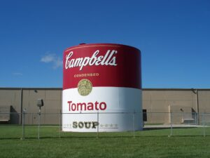 Silo painted to resemble giant tomato soup can